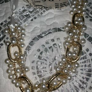 Cute Plunder pearl and gold necklace with ribbon